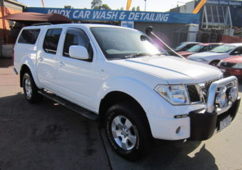 2010 Navara ST 4×4 Turbo Diesel dual cab ute, Auto, lift kit, canopy, drives great, looks tough and ready for work