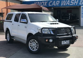 2014 Toyota Hilux SR5 4×4 AUTO dual cab ute loaded with 4×4 accessories!! A must see!